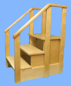 Stair with 3 steps and handrail